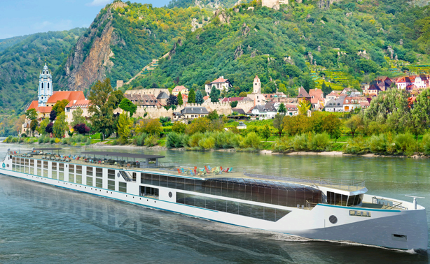 Cruise the Danube from Vienna to Budapest!