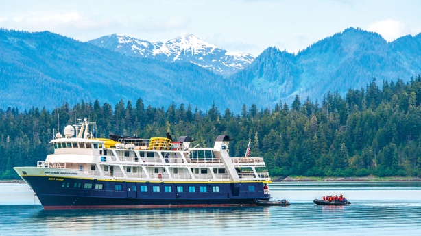 Lindblad Expeditions - Special Offers on Galapagos and Alaska Cruises