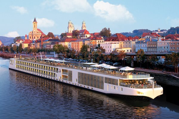 Viking Cruises: Viking Longship Vidar