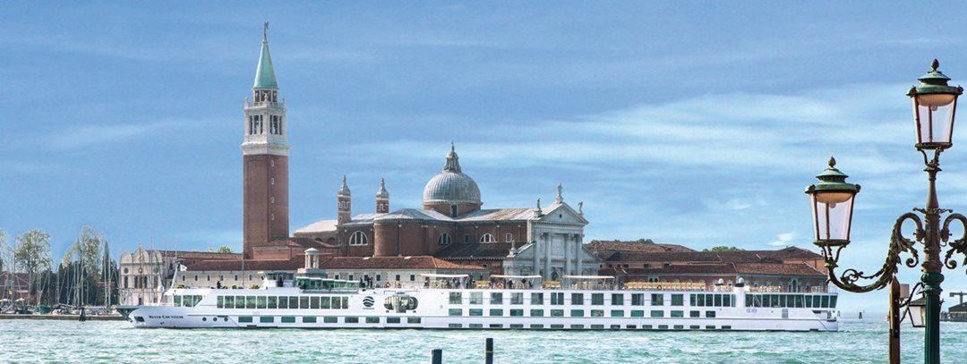 9-night Gems of Northern Italy Cruise/Land Package