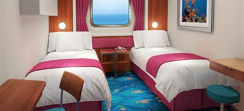 Mid-Ship Oceanview Picture Window Stateroom
