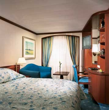 Deluxe Stateroom with Large Picture Window - Slightly Limited View
