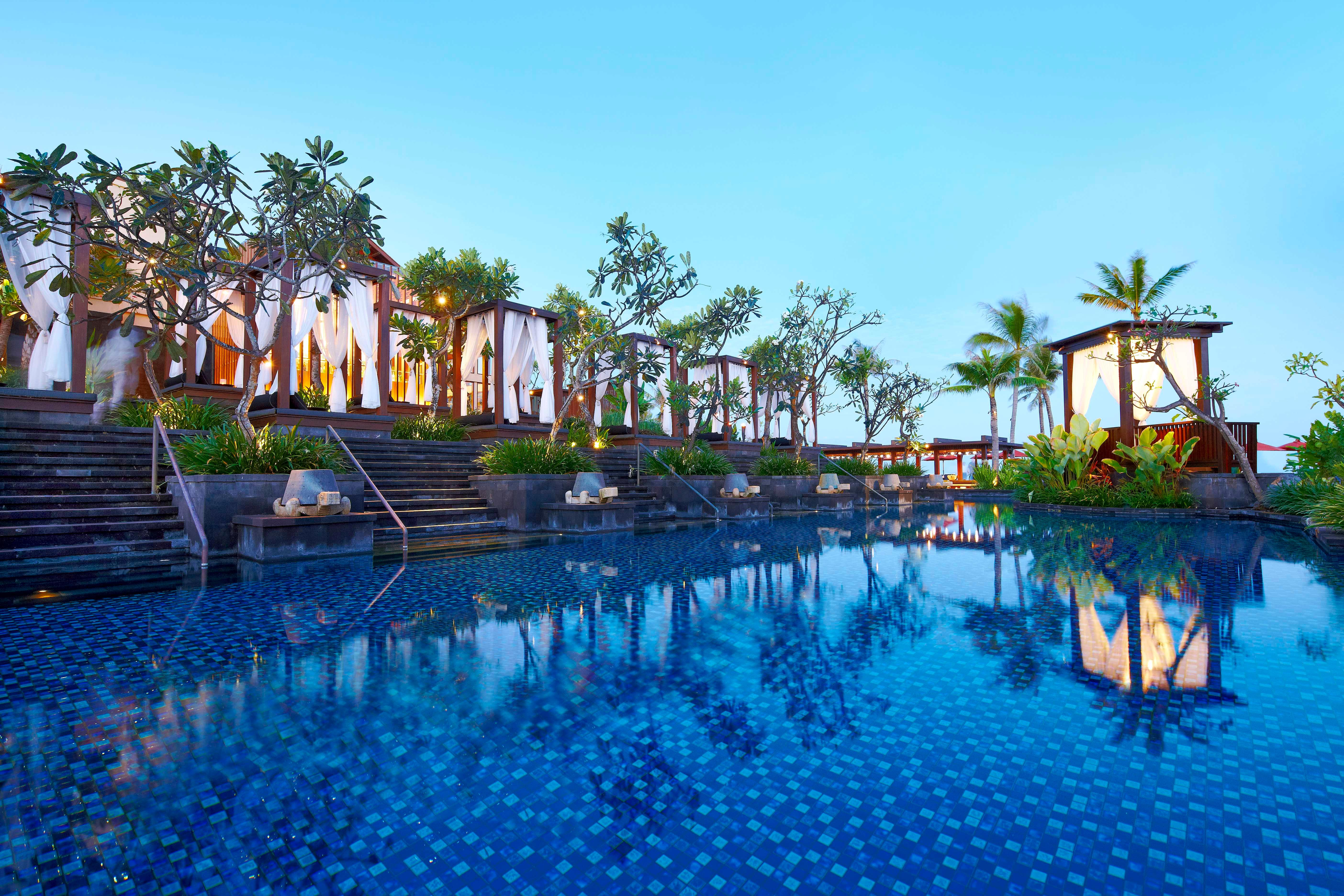 The st regis bali resort for Luxury resorts in bali indonesia
