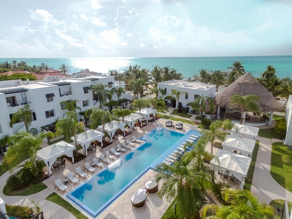 Las Terrazas Resort & Residences