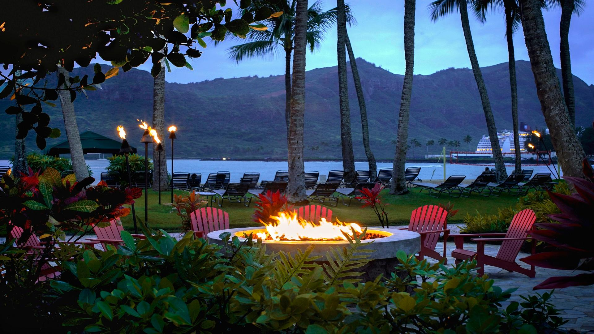 Seating by our outdoor firepit provides a great place to take in a beautiful Hawaiian sunset while you dine.