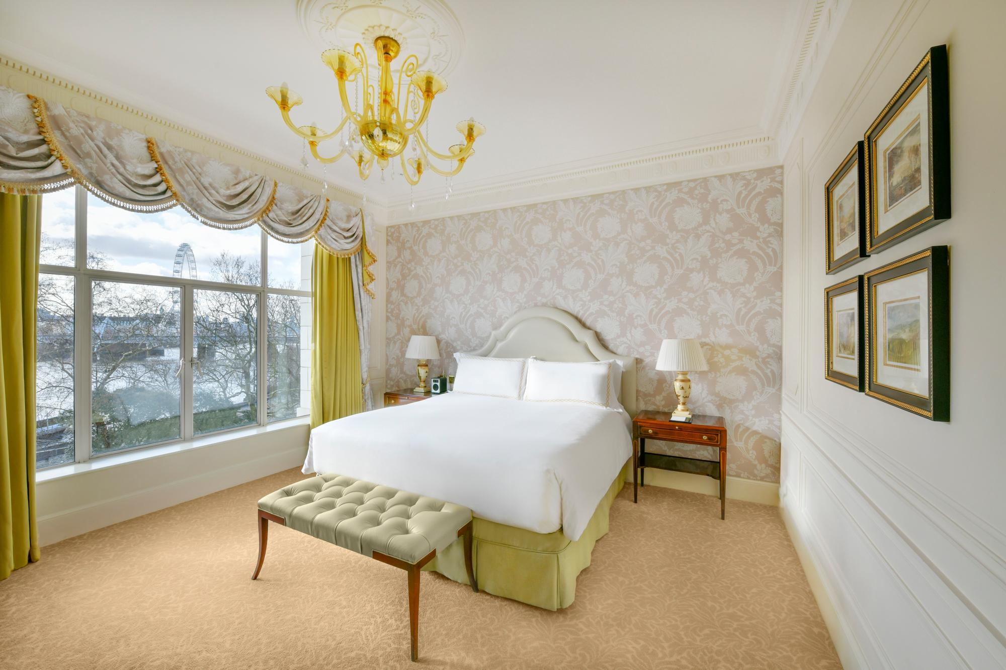 Luxury King Room River View Edwardian