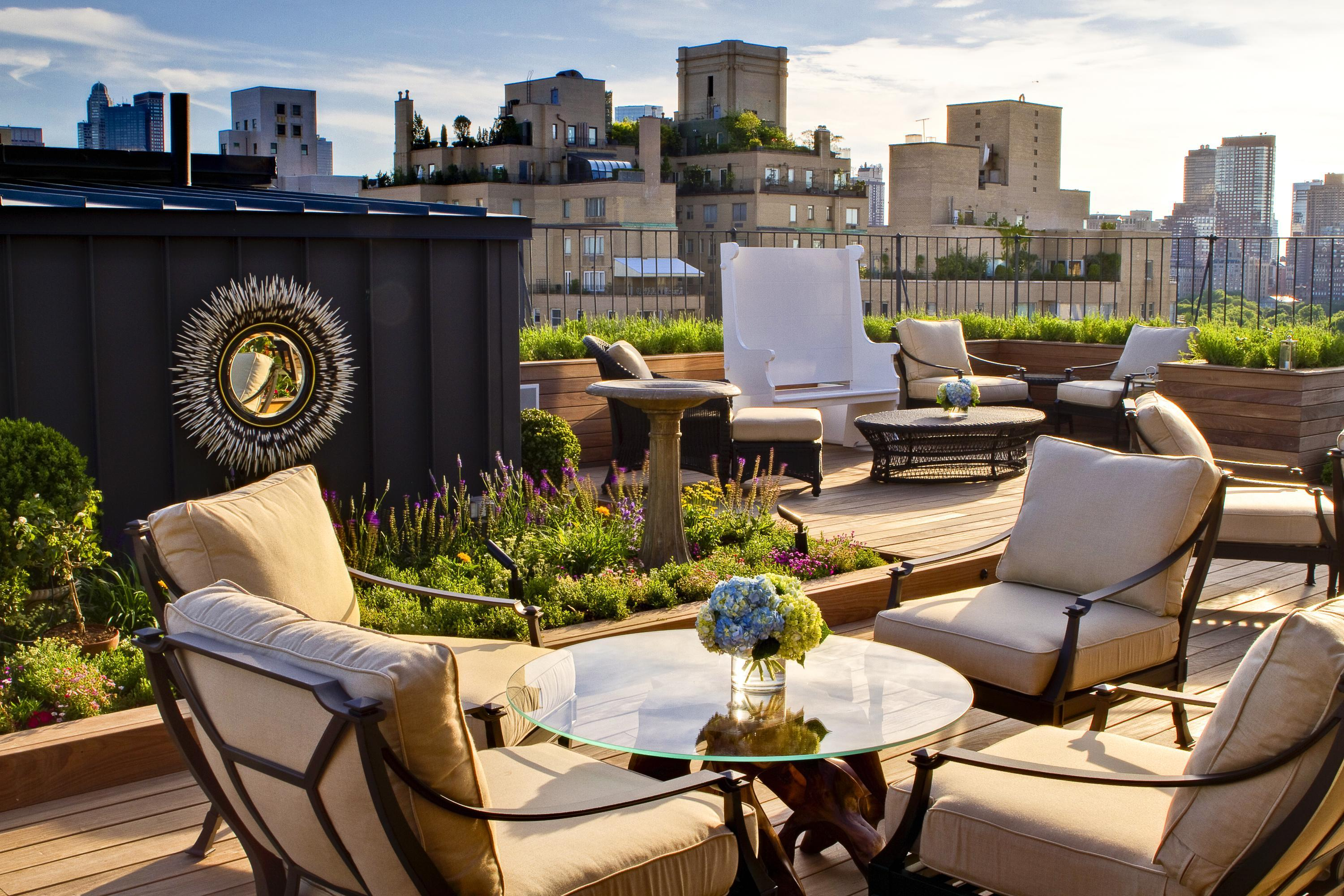 Private Roof Garden and rooftop Bar