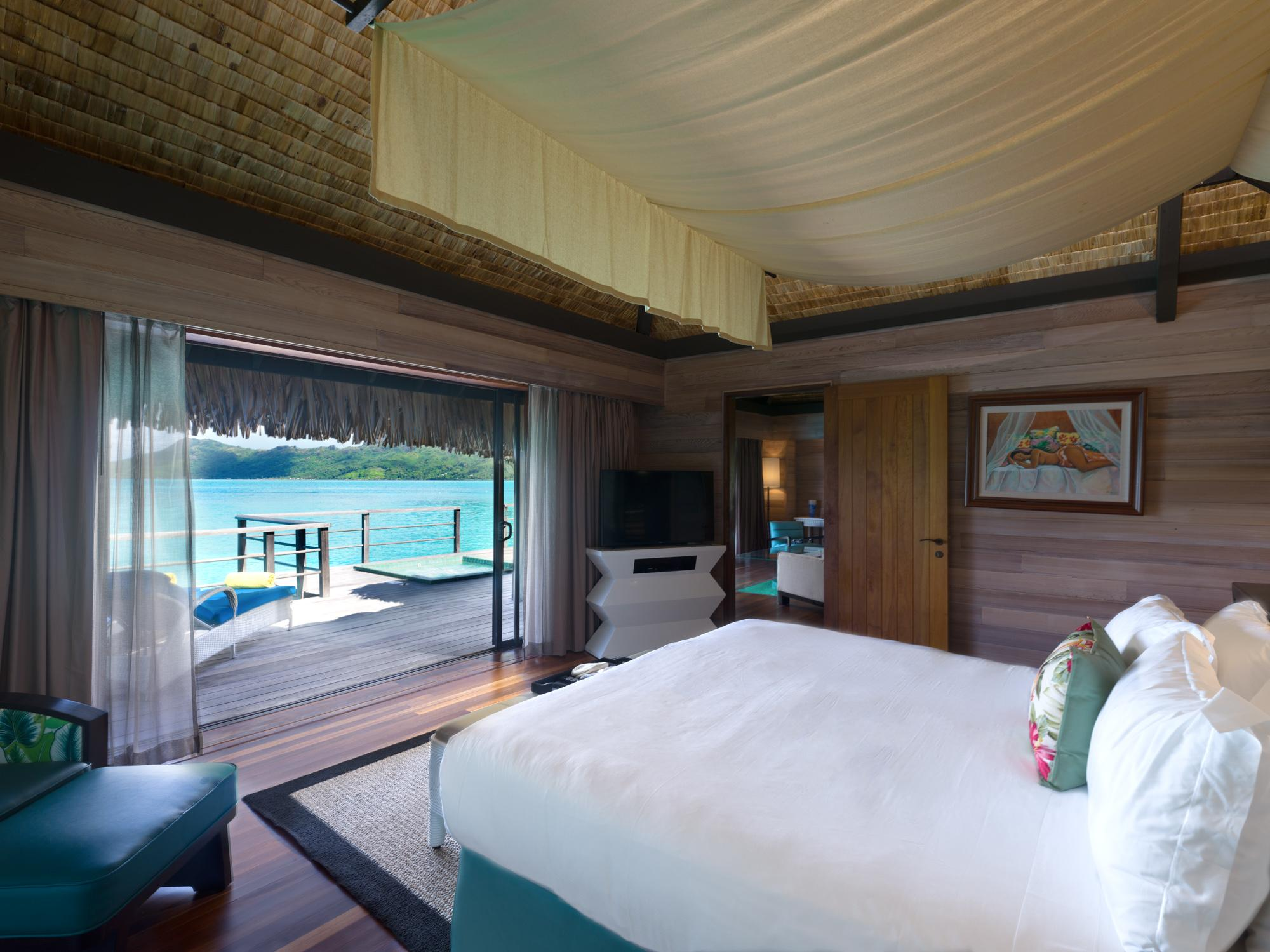 Overwater Premiere Otemanu Villa with Whirlpool