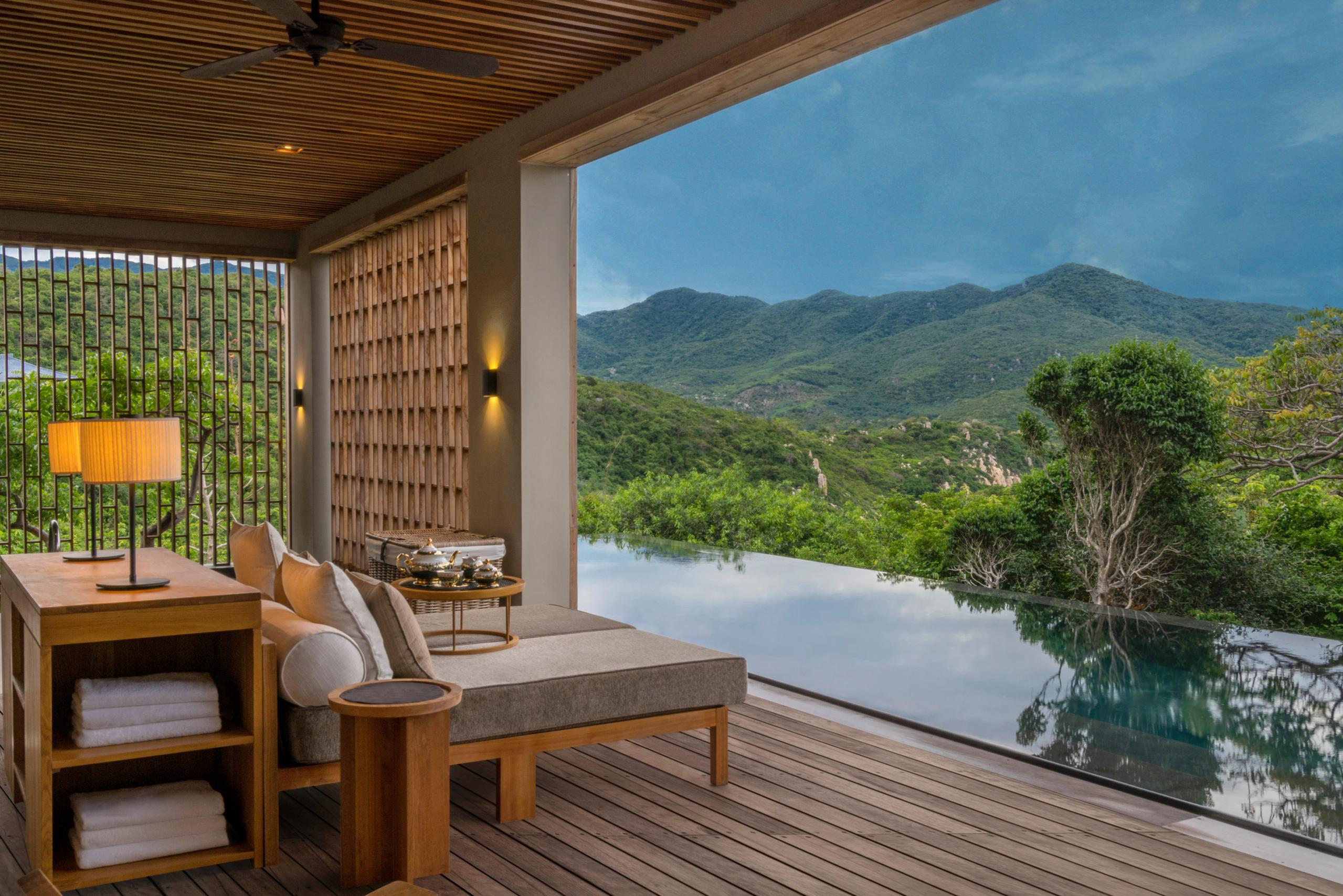 Wellness Pool Villa
