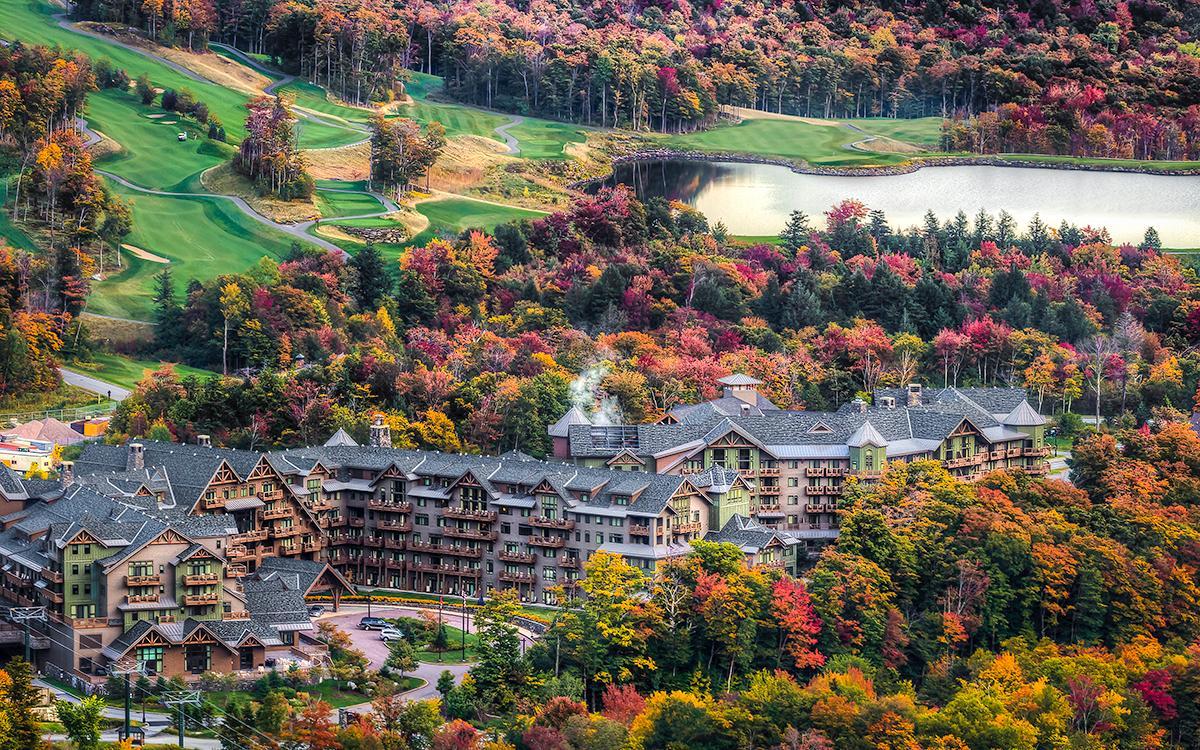 Stowe Mountain Lodge >> Hotel Profile