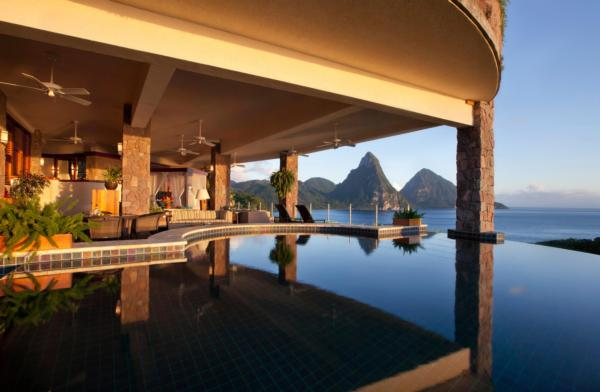 Jade Mountain's Galaxy Infinity Pool Sanctuary