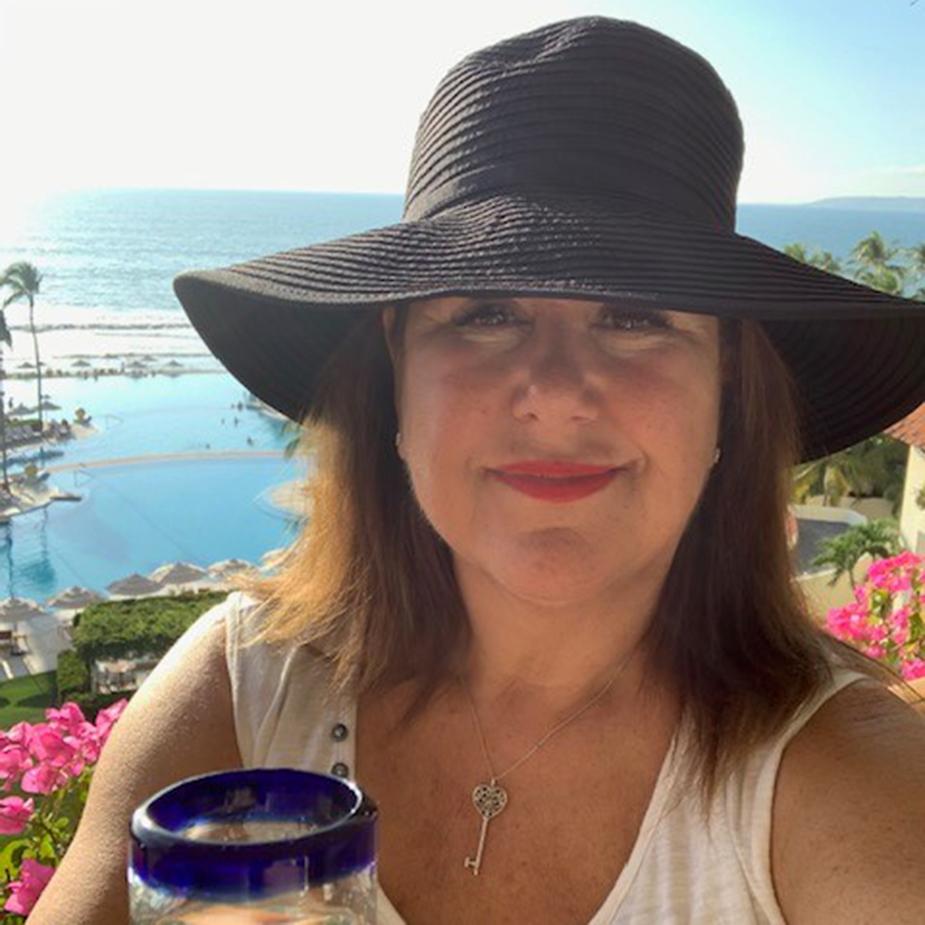 Donna Wolfe